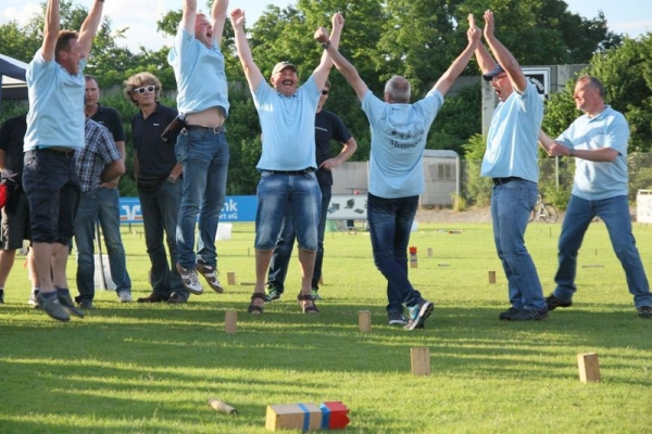 KUBB Spiele 2015 1Family on Tour